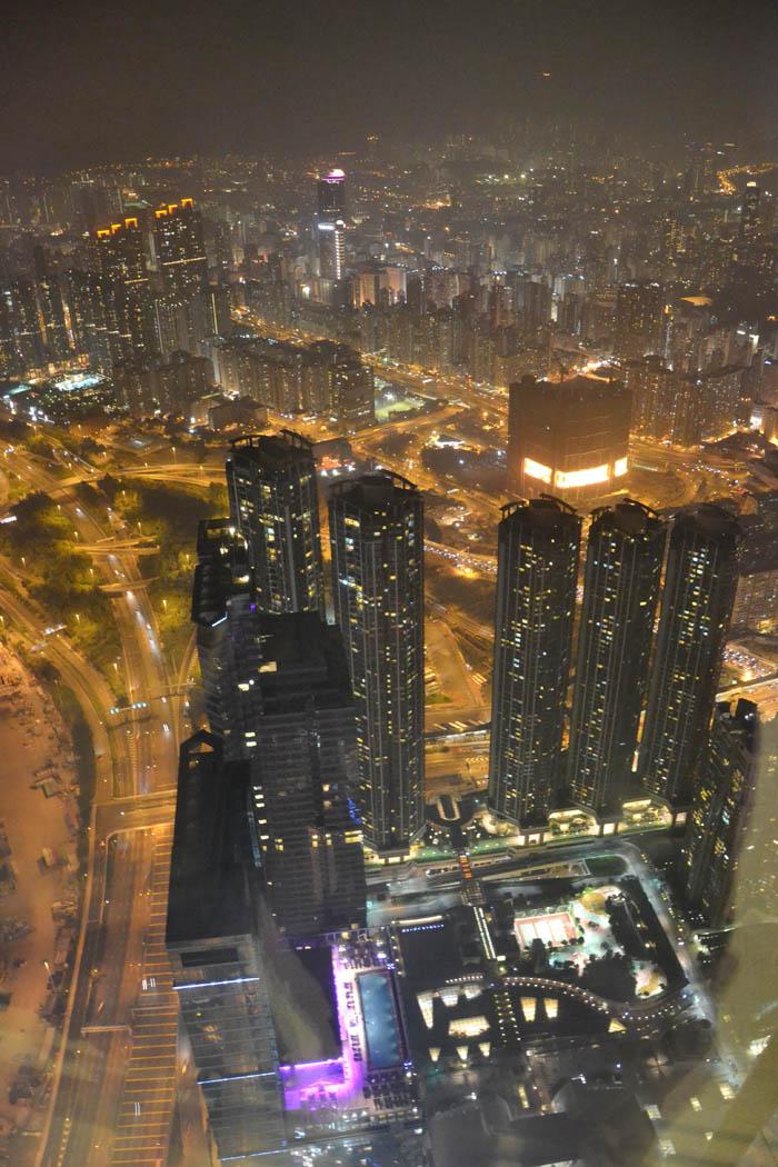 Hong-Kong-Sky100-2