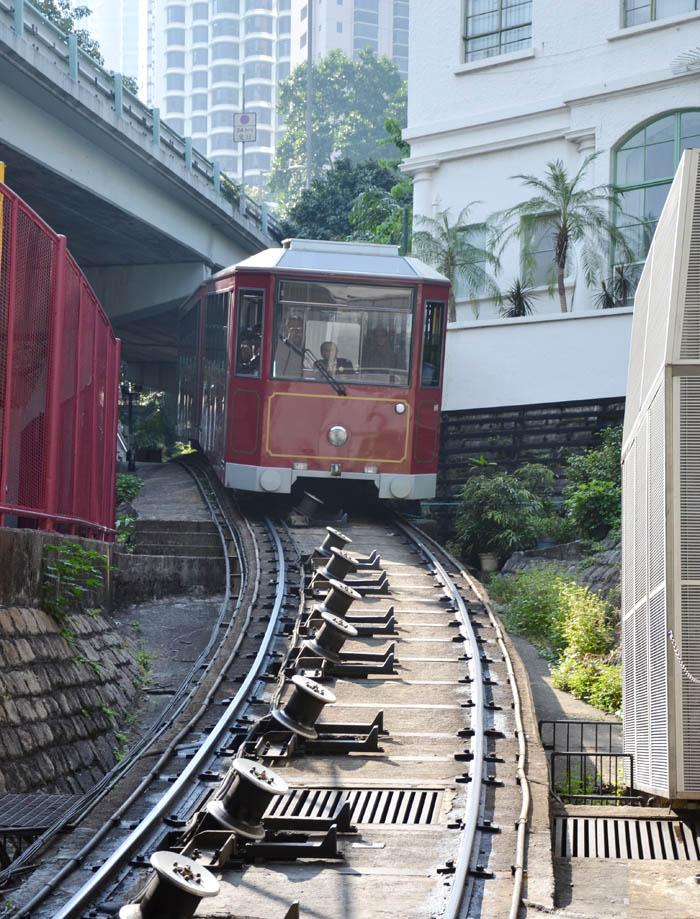 Hong-Kong-Tram-Peak