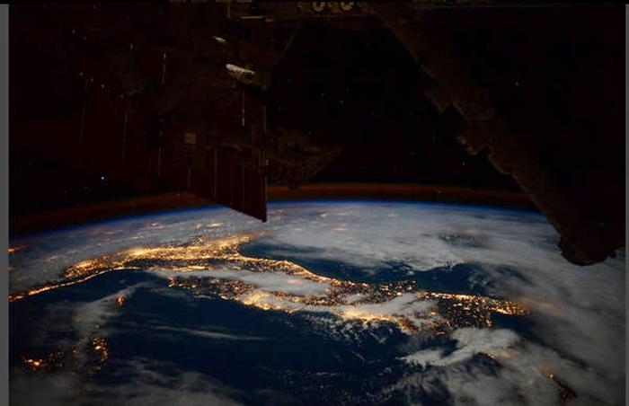 italia-dalla-stazione-spaziale