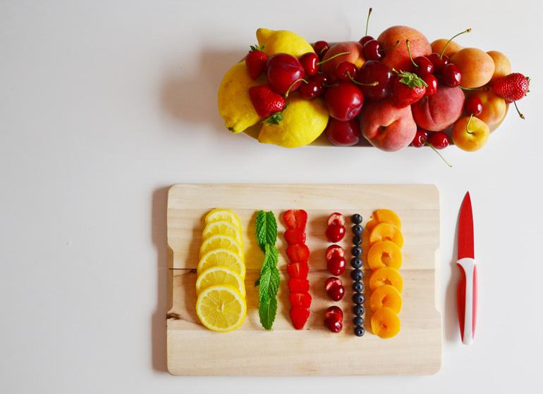 tagliare frutta-ciotola di ghiaccio