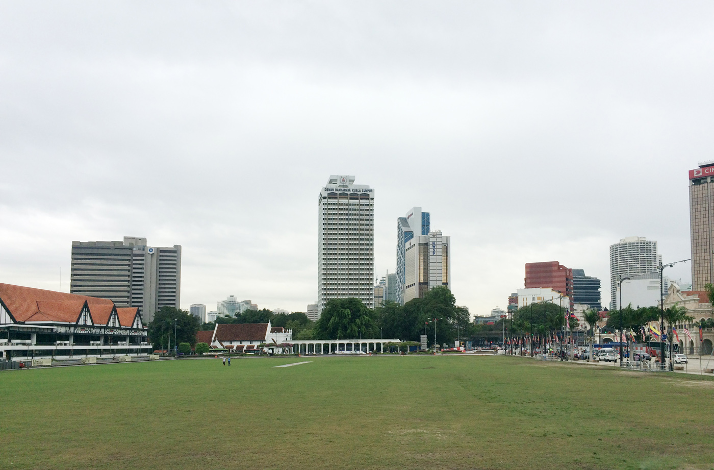What-to-do-in-Kuala-Lumpur-gucki-merdeka-square-1