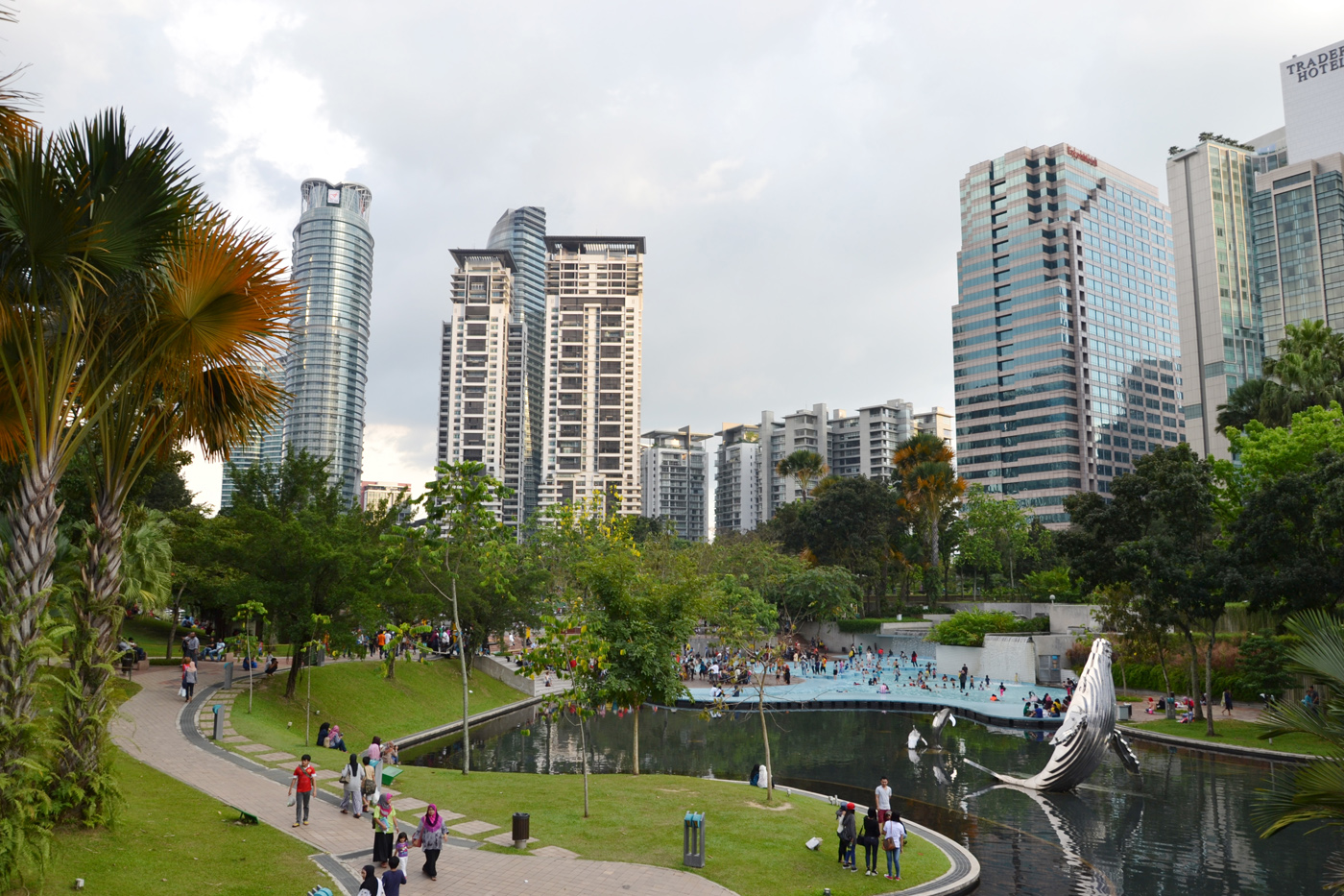 What-to-do-in-Kuala-Lumpur-petronas park