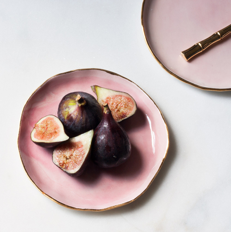 suite-one-studio-rose-and-gold-dessert-plate-with-figs_1024x1024