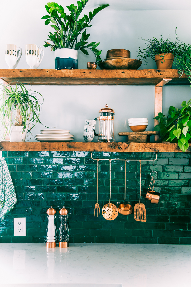 Jungalow style, Justina Blakeney's kitchen. plants and copper