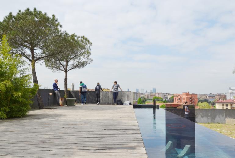 ventura-lambrate-2016-via-ventura-loft-giardino-piscina