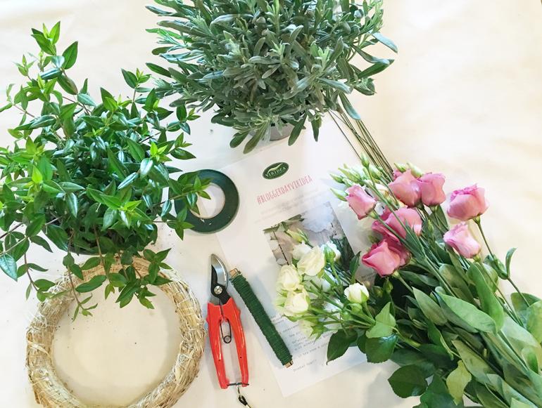 Come realizzare ghirlanda di fiori