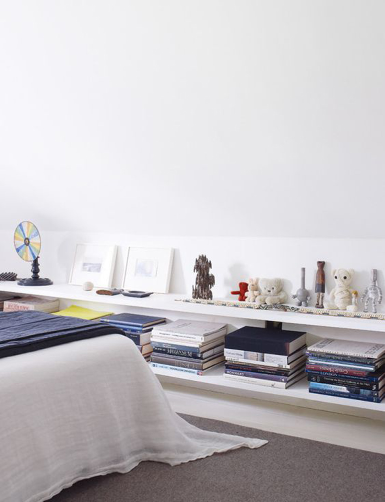 Camera da letto le mie ispirazioni - Mensole camera da letto ...