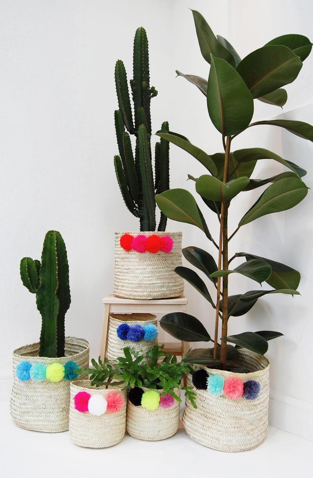 Yonder_living_pompom_plantpot_baskets