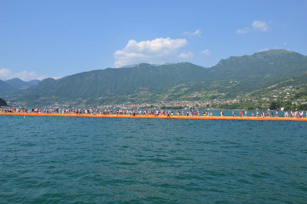 the-floating-piers-christo-1