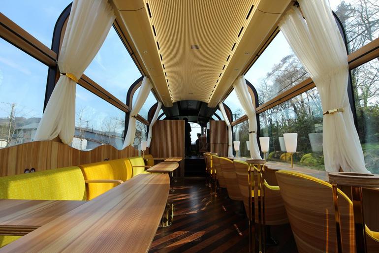 treno-panoramico-giappone-setsugekka-4-958x639