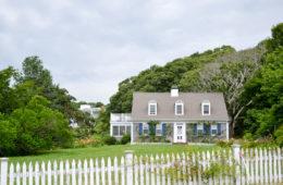 Cape-Cod-Beach-house