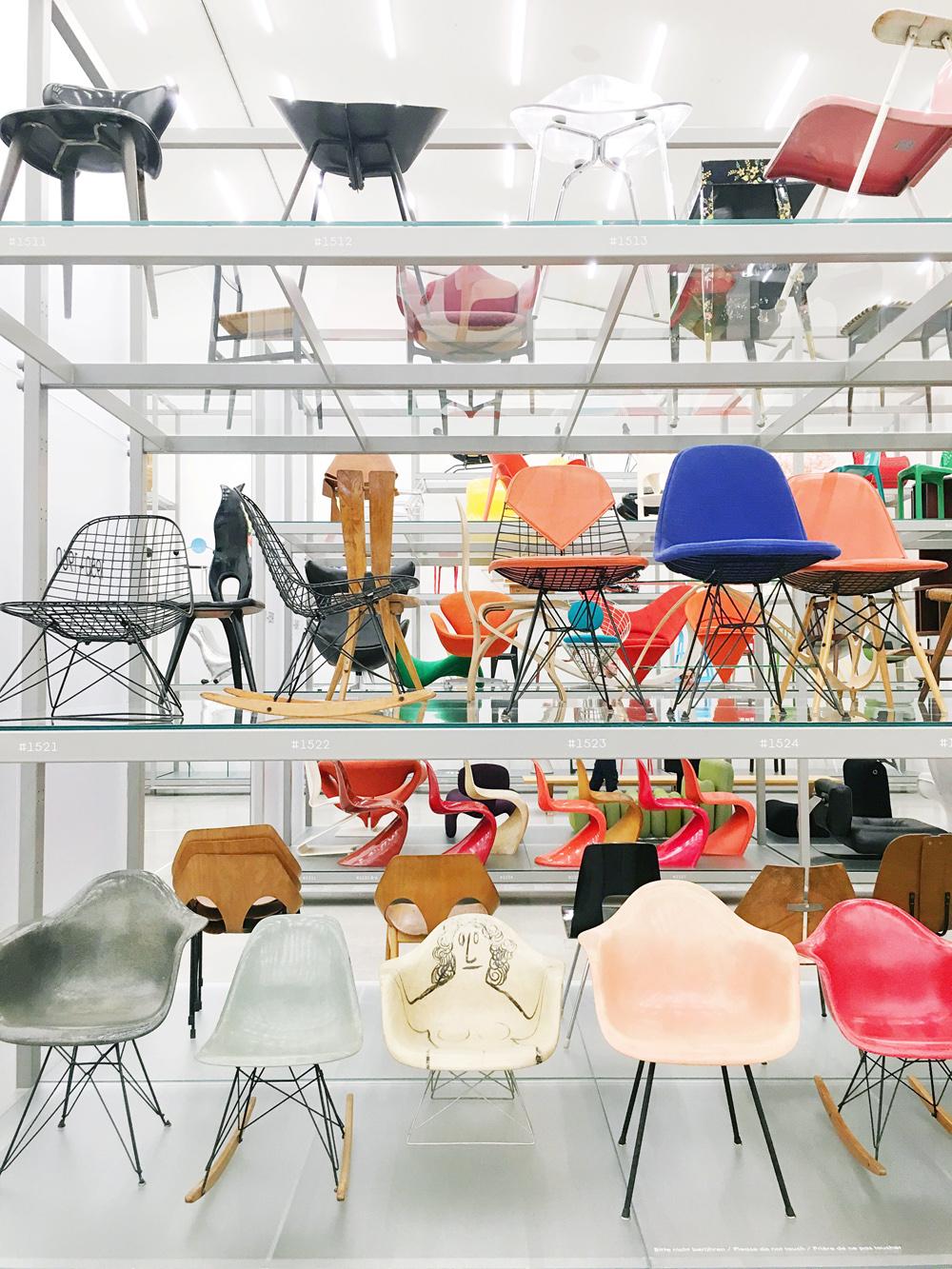schaudepot-vitra-museum-chairs