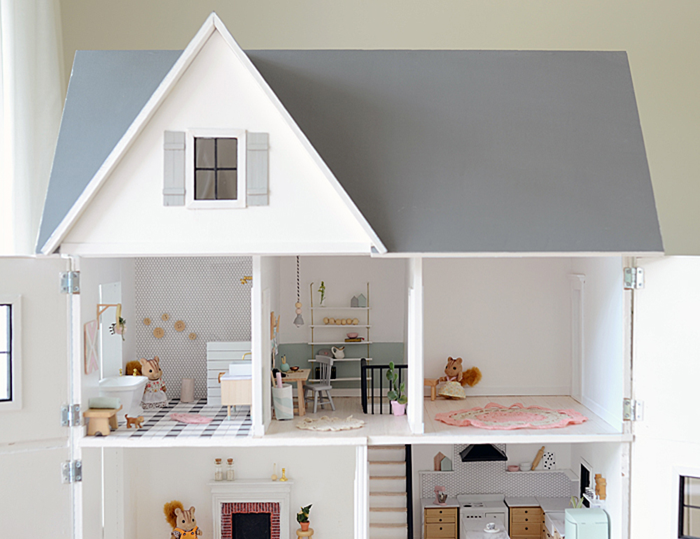 Dreaming modern dollhouses for big girls