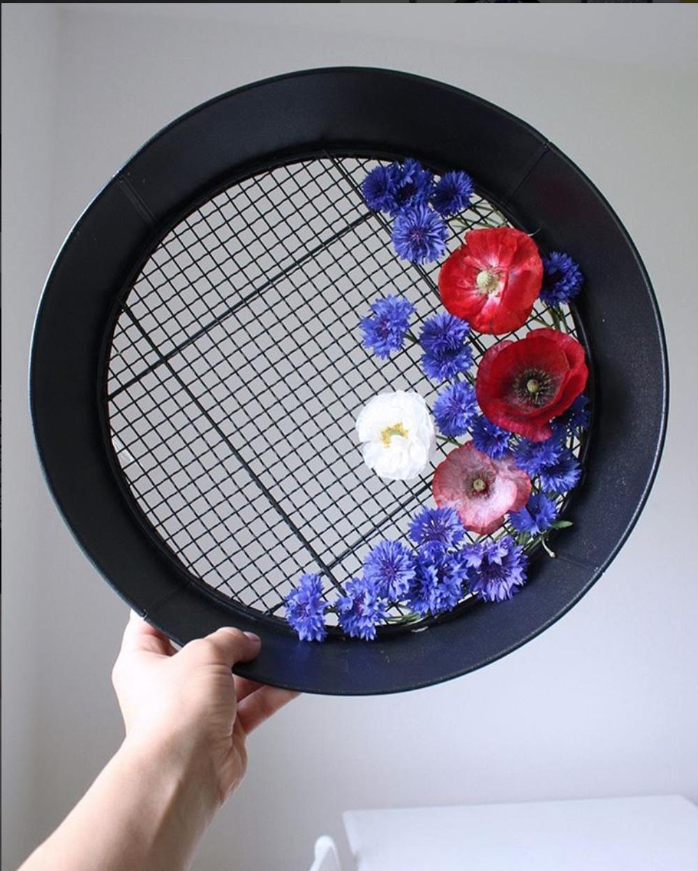 olga priku-fiori-ricami-0