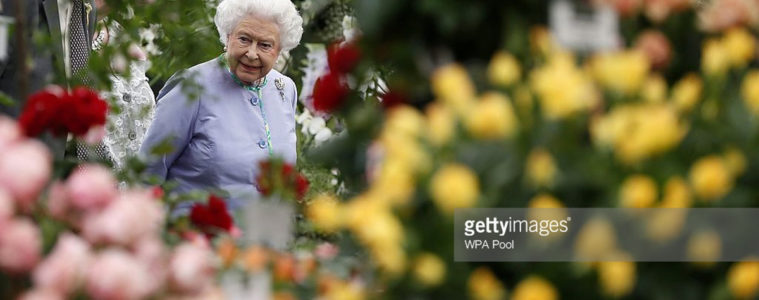regina elisabetta chelsea flower show