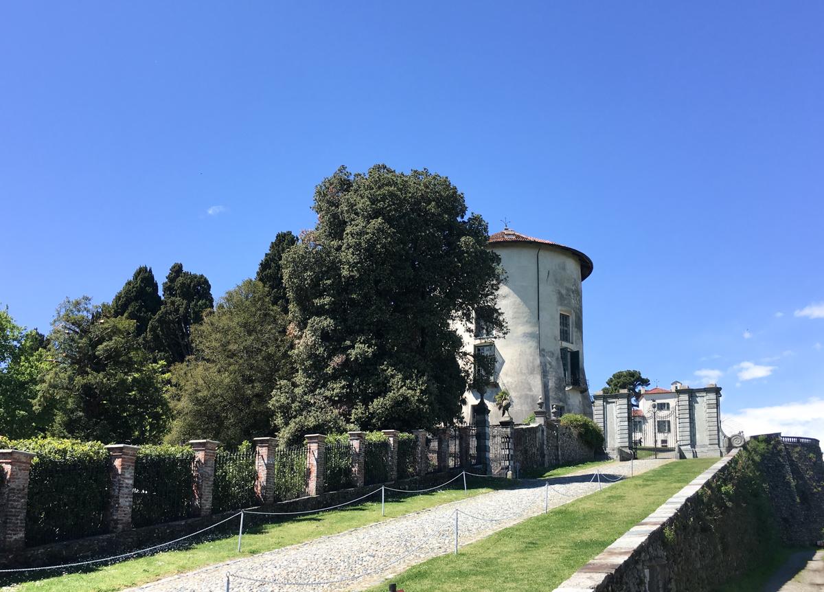 Castello-di-Masino-Ivrea-Fondo-Ambiente-Italiano-101