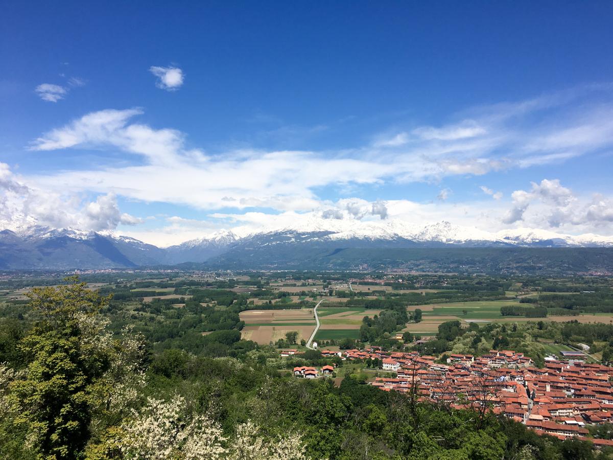 Castello-di-Masino-Ivrea-Fondo-Ambiente-Italiano-105