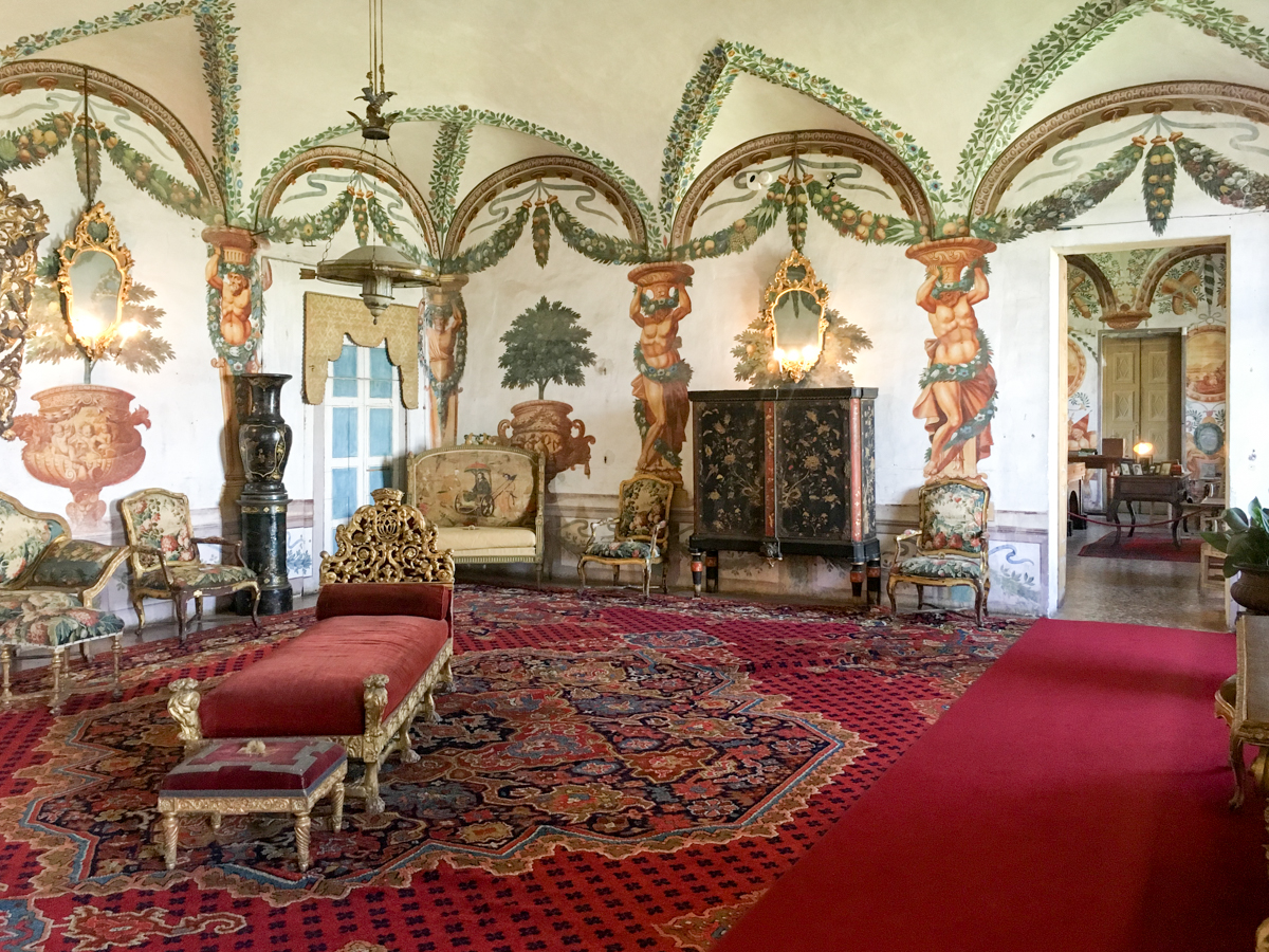 Castello-di-Masino-Ivrea-Fondo-Ambiente-Italiano-109