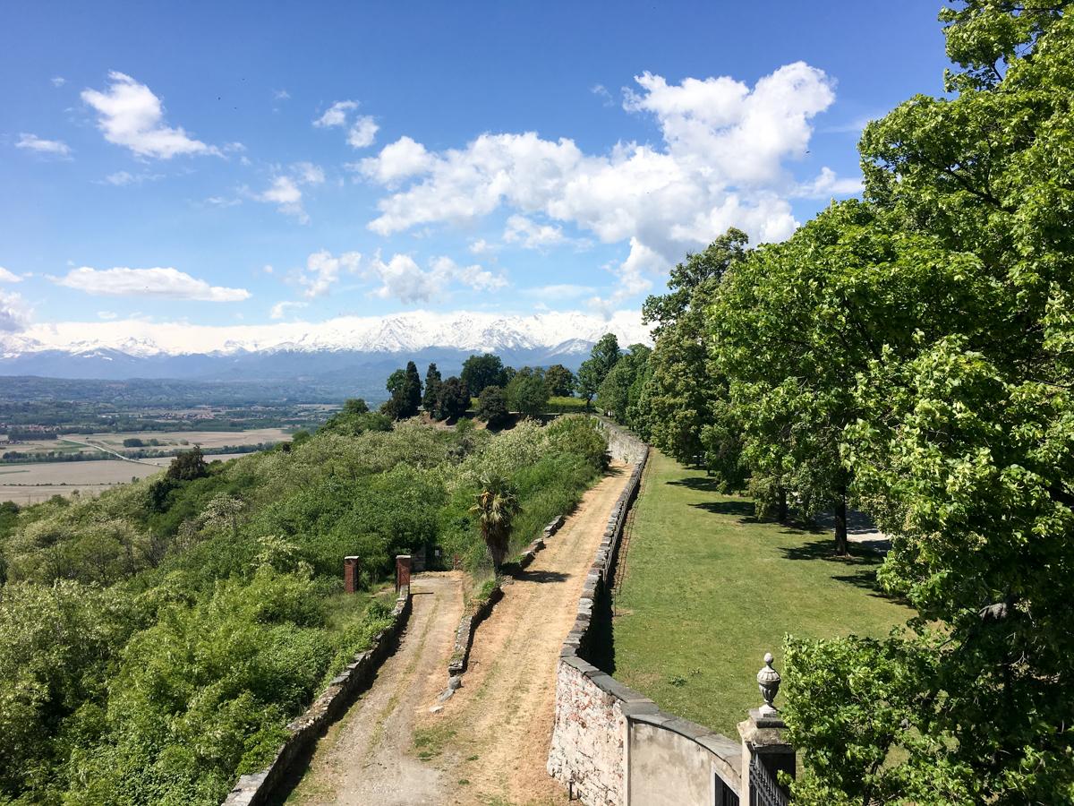Castello-di-Masino-Ivrea-Fondo-Ambiente-Italiano-116