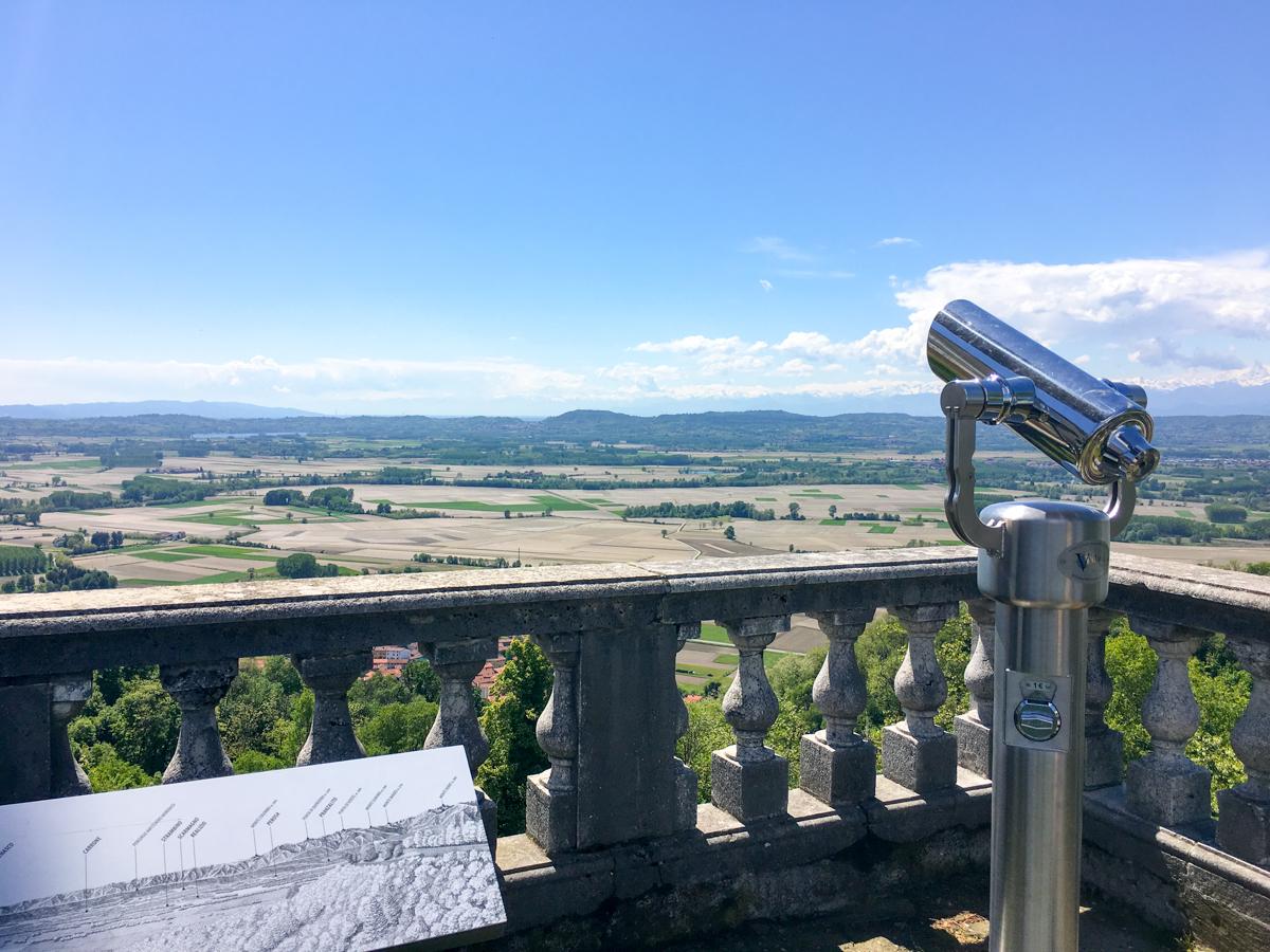 Castello-di-Masino-Ivrea-Fondo-Ambiente-Italiano-118