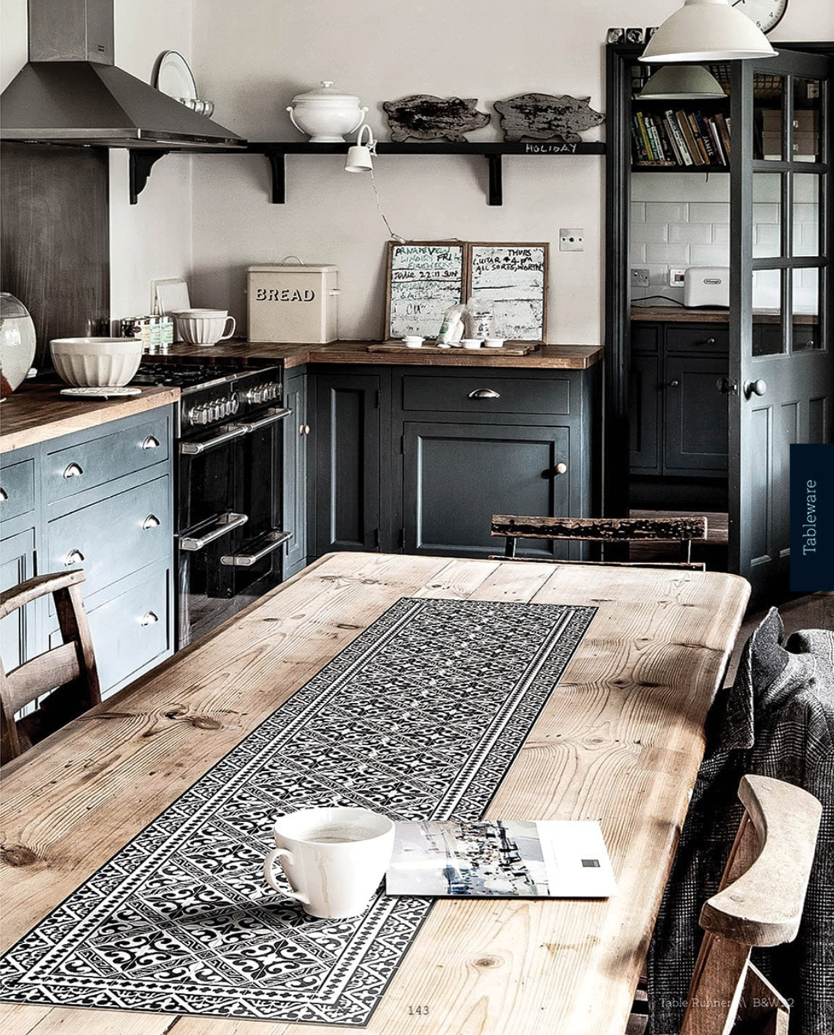 How To Choose A Beautiful And Practical Rug For The Kitchen