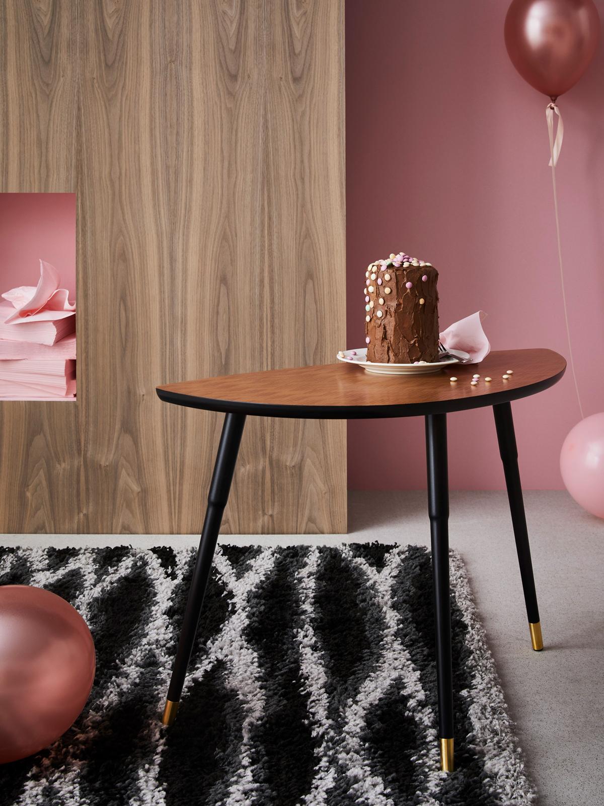 ikea festeggia i 75 anni con 3 collezioni vintage. Black Bedroom Furniture Sets. Home Design Ideas