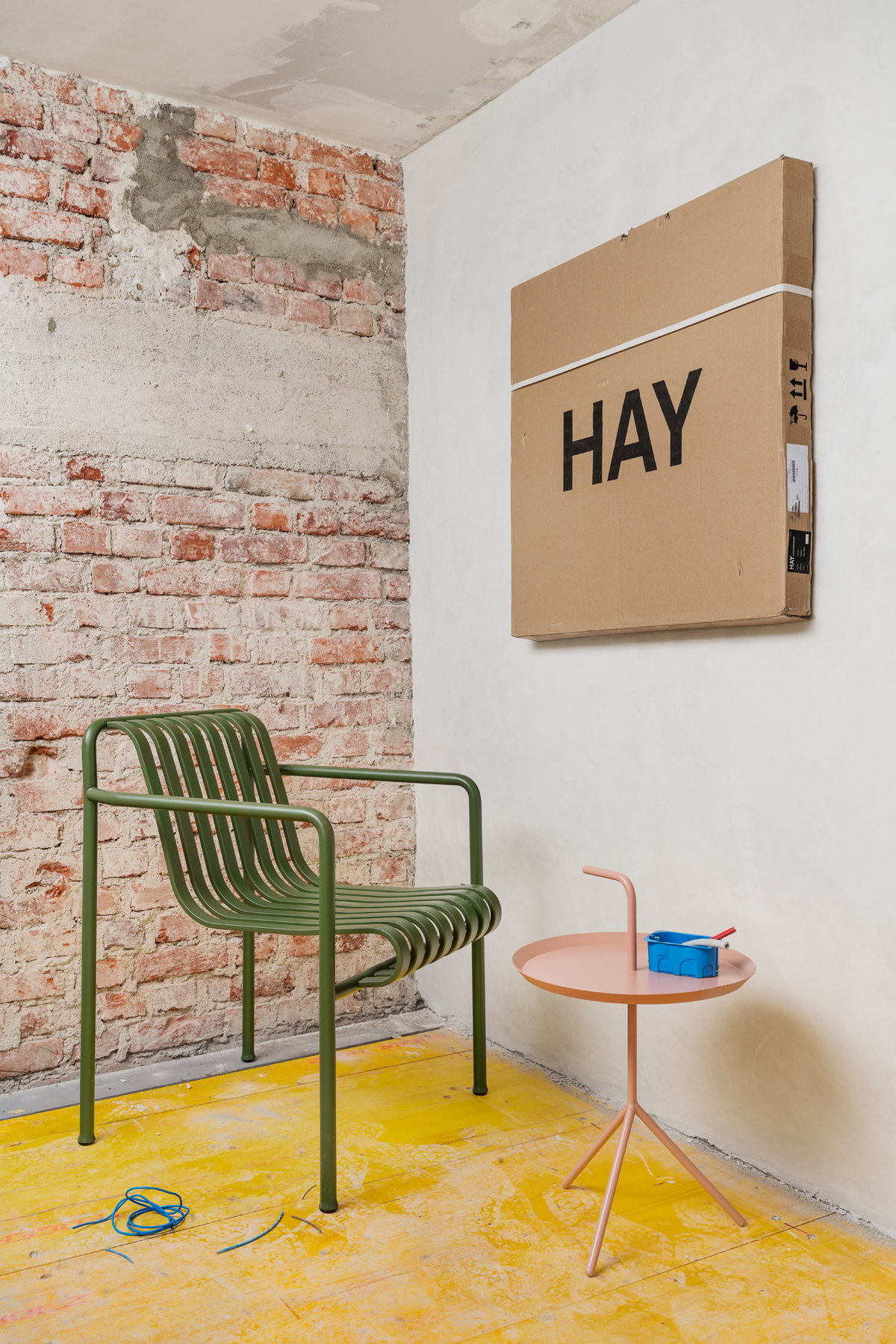 Hay opens the first italian flagship store in milan for Hay design milano