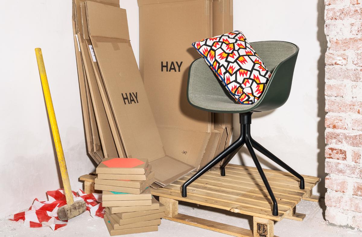 Hay apre il primo negozio in italia for Design republic milano