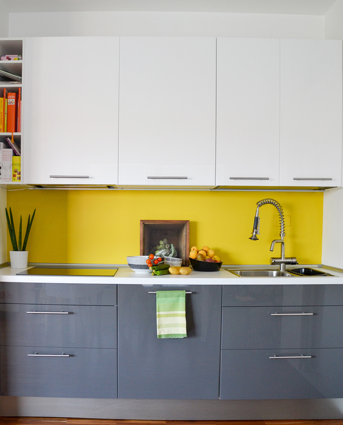 Mensole Legno Cucina Ikea niente pensili: mensole in cucina, tutto quello che c'è da