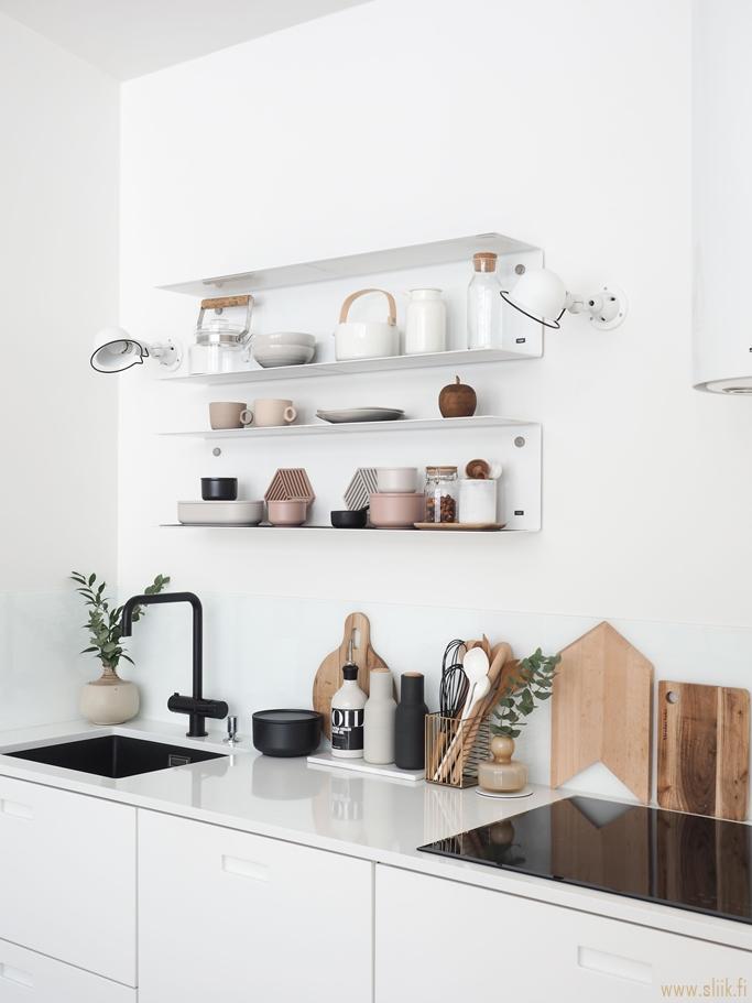 Mensole Design Per Cucina.Niente Pensili Mensole In Cucina Tutto Quello Che C E Da